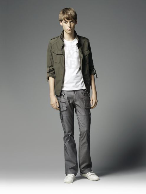 Benjamin Wenke0037_Burberry Black Label Summer 2010