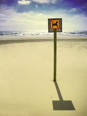 (Giuseppe Suaria) Tags: sea dog beach dogs sign mare no forbidden ban cartello spiaggia sabbia cani allowed divieto abigfave