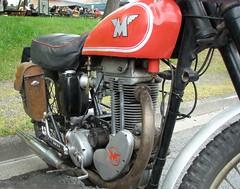 Matchless 350cc (gueguette80 ... non voyant pour une dure indte) Tags: old bike mai single british 2010 picardie motos matchless motorrad somme anciennes anglaises monocylindre pontnoyelles
