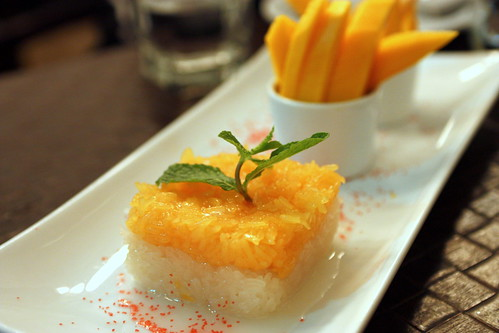 Mango & Sweet Sticky Rice