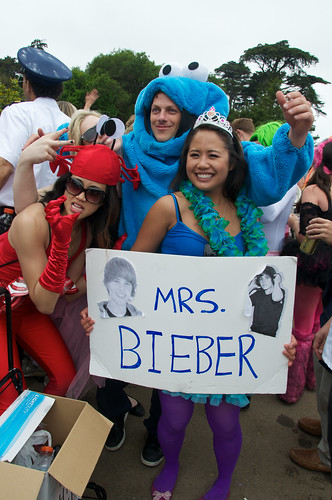 Mrs. Bieber at Bay to Breakers 2010