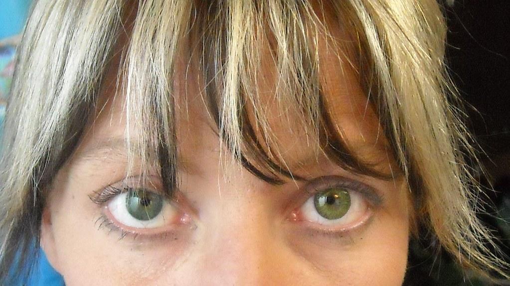 Freshlook Dimensions Sea Green >> Freshlook Gemstone Green -vs- Sea Green