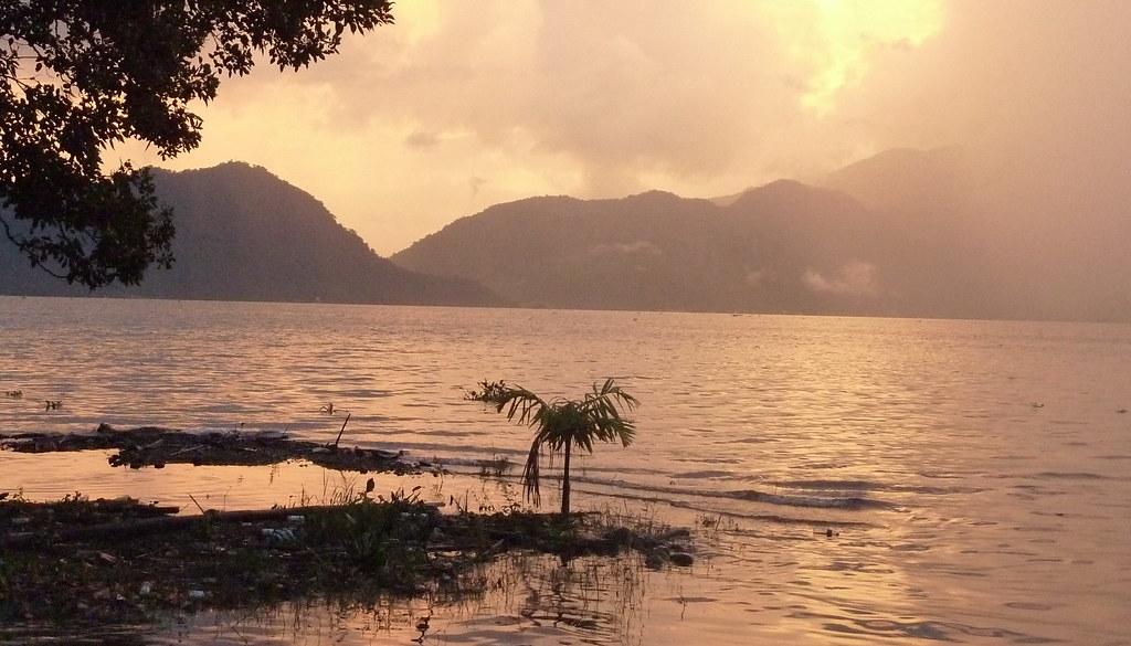 Sumatra-Lac Maninjau (70)