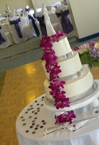 Purple Silver Wedding Cake Carolina Cakes Confections Shell Island