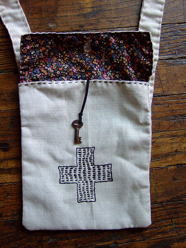 Button Hole Bag with Skeletton Key