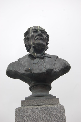 Gladstone statue, Penmaenmawr May 10 1