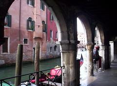 Scorcio (Grabby Walls) Tags: world travel venice italy italia places venezia viaggi viaggio veneto viaggiare grabbywalls