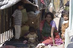 Kolkata_0383 (Olderhvit) Tags: travel family portrait woman india canon streetphotography kolkata indien calcutta porträtt travelphotography resefoto portrštt olderhvit