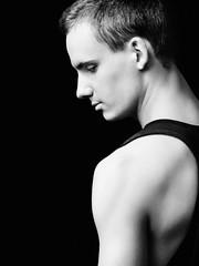 (Noa Brandt) Tags: portrait male umbrella blackwhite nikon speedlight sb800 singlelight pocketwizard strobist d700