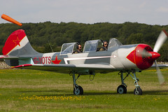 G-YOTS - 9010308 - Private - Bacau Yak-52 - 060827 - Little Gransden - Steven Gray - CRW_4757
