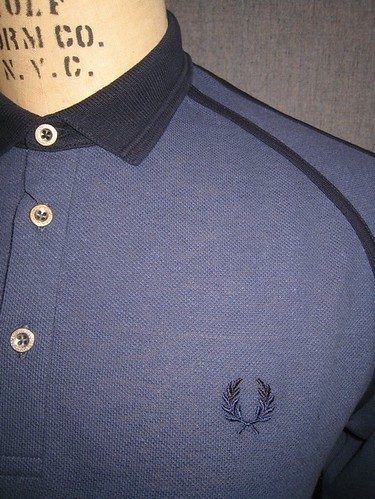 Fred Perry - M5107 - Linen Blend Raglan Polo - Ink Navy by you.