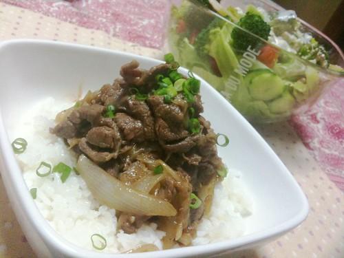 #jisui 桜えびぶっ叩いて中華風牛丼てのを作ってみた!ボリュームあってうまひ!