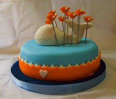 Fail Whale (Mariana Pugliese) Tags: blanco cake geek internet pajaros whale feliz cumpleaños naranja torta ballena celeste tweet fail twitter unfollow 241543903 marianapugliese redsocialfollow pugliesem