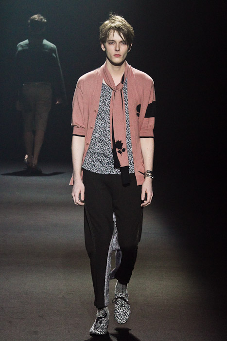 Daniel Hicks3041_SS11_Tokyo_Lad Musician(Fashionsnap)