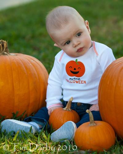 2010-10-29 - Riley Pumpkins-268.jpg