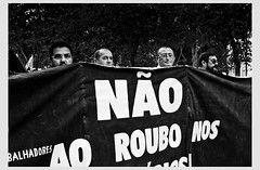 Lisbon, Portugal - Against austerity (Gerald Verdon) Tags: street leica people bw copyright portugal dark europe lisboa lisbon voigtlander protest rangefinder nb demonstration m8 verdon lisbonne humancondition socialissues humanism ultron austerity cgtp allrightsreservedgraldverdon