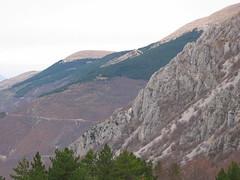 Frontignano: monti (Gaspa) Tags: winter snow ass sex canona80 inverno macerata norcia castelluccio bigboobs ussita visso frontignano