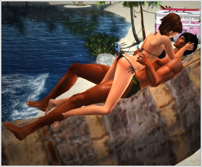Shameless Bits: Kissing Palm Tree