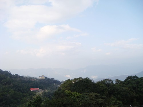 最頂端有個廟 視野不錯 但View沒很特殊