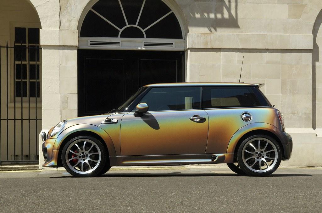 Photochromic Car Paint