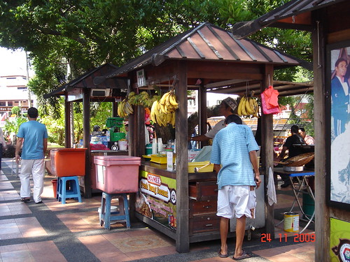 DSC01758 Malacca street food stall