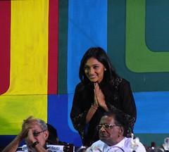 Upeksha Suwarnamali (Pabha) at Sarath Fonseka's Final Rally (Perambara/Amantha Perera) Tags: television tv election day presidential final independent actress network srilanka campaign voters 2010 sarath itn mahinda rajapaksa amarasinghe fonseka upeksha perambara pabha swaranamali somawansha