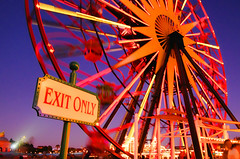 Exit To Fun (DL 2009) (Eat My Disney Dust) Tags: california usa wheel photoshop holidays disneyland parks disney mickeymouse theme anaheim simple dca 2009 attractions topaz adjust disneyscaliforniaadventure paradisepier funwheel