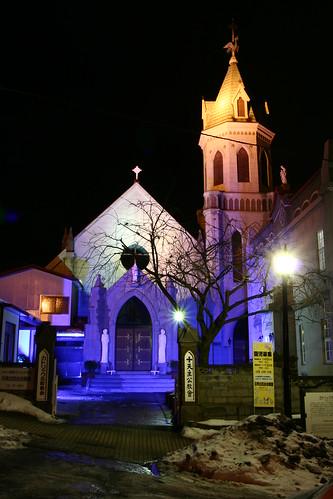 教堂晚上變很花俏