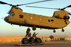 iraq helicopter soldiers airlift camptaji aircav