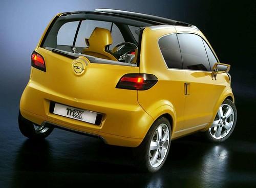 Opel Trixx trasera