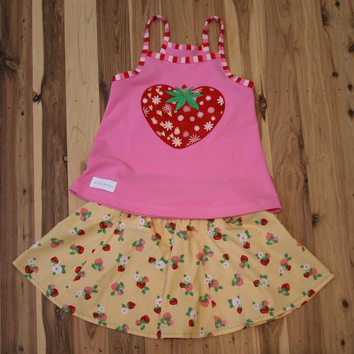 strawberry lore top and sommerliebe skirt