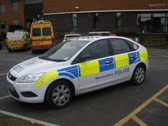 Warwickshire Police Ford Focus Response Car (ModellerRob's ESV Photos (One)) Tags: ford station mercedes focus rugby police emergency peugeot warwickshire response expert 999 sprinter lightbar