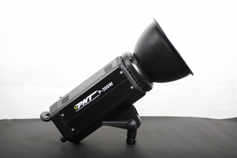 [開箱文】PNT-300W棚燈-開箱