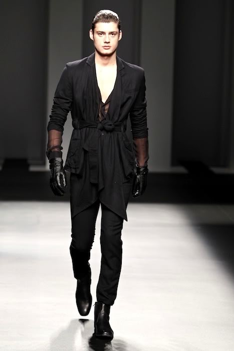 Mael Dalla-Zuanna3010_FW10_Balcelona Fashion Week Jan IU MES(lizzylily@mh)
