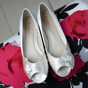 Beautiful ribbon and comfortable wedding shoes from the Rainbow