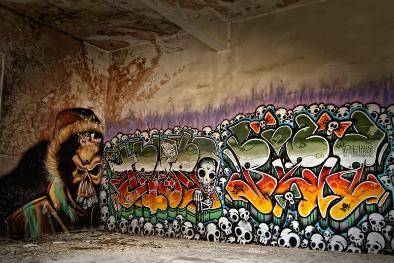 Graffitis en el Seminario - La patrulla calavera