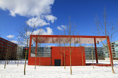 Red pavilion (Fireboard) Tags: blue trees red sky snow architecture clouds canon eos cloudy stage events sunny wideangle 7d pavilion weitwinkel 1585 oerlikerpark parkcaf zurichoerlikon efs1585mmf3556isusm