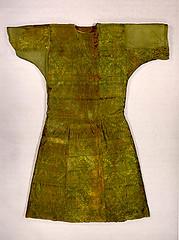 Hermitage 9thc silk caftan with senmurvs (julianna.lees) Tags: museum ancient silk textiles hermitage mongolian sassanian senmurv noinula