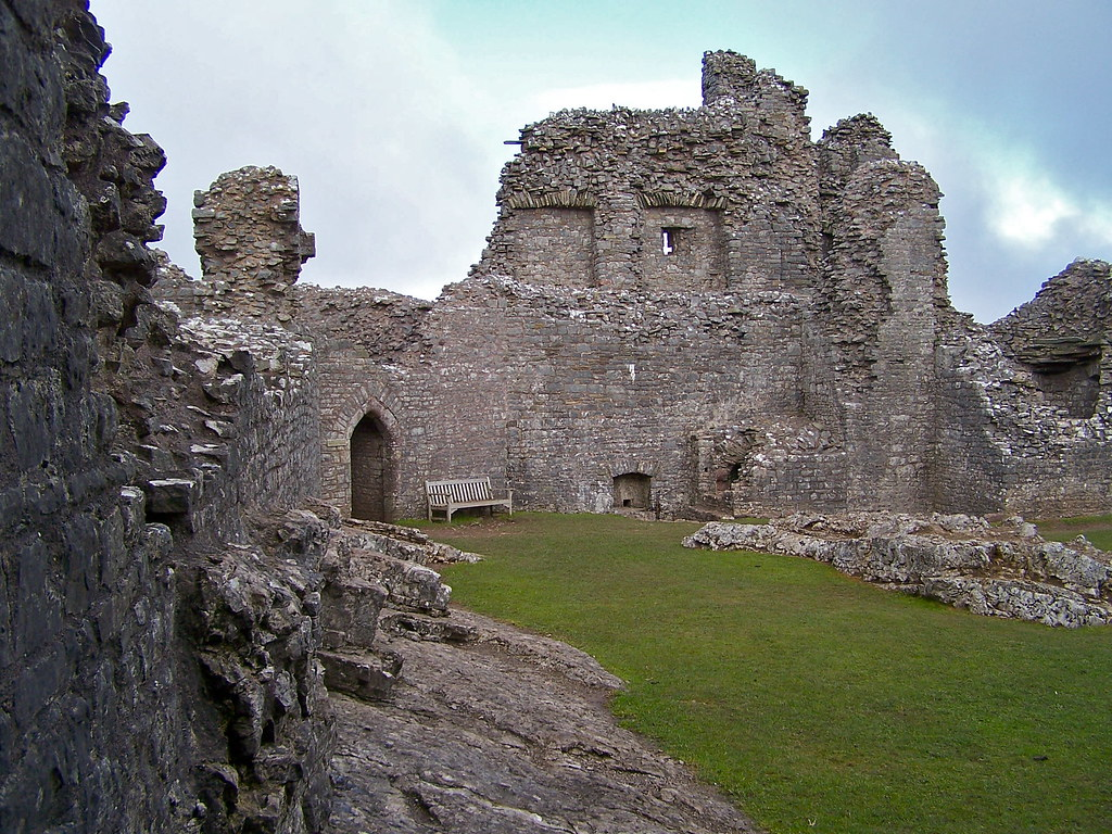 Carreg Cennen Castle