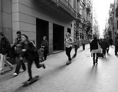 Barcelona 16 (Andy WXx2009) Tags: barcelona street city girls peop
