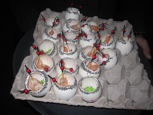 Shrimps in egg cups at Crea gala