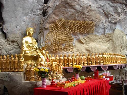 IM005323 Buddha Statues , Guan Yin Caves ,Ipoh . 怡保观音洞,佛像