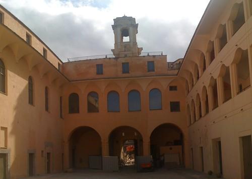 La cour du Palais des Gouverneurs à Bastia