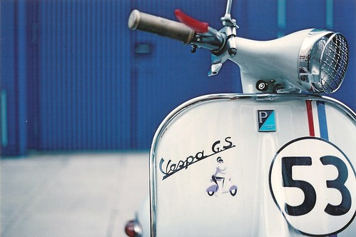 Herbie goes Vespa !