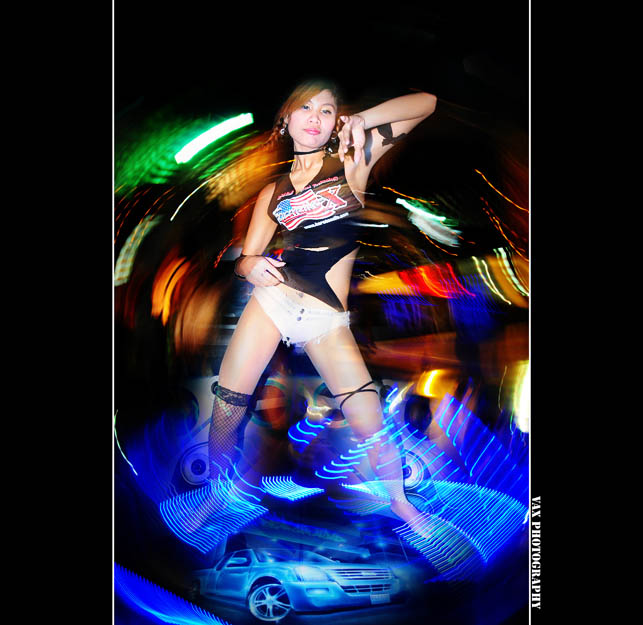 Bangkok Motor show dancing girls 05