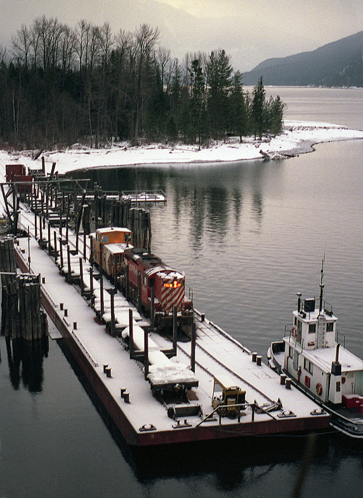 The World's Best Photos of barge and slocan - Flickr Hive Mind