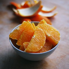peeled orange (saicode) Tags: light orange rind juicy bowl fresh explore translucent sliced frontpage slices peeled moist peels foodshot