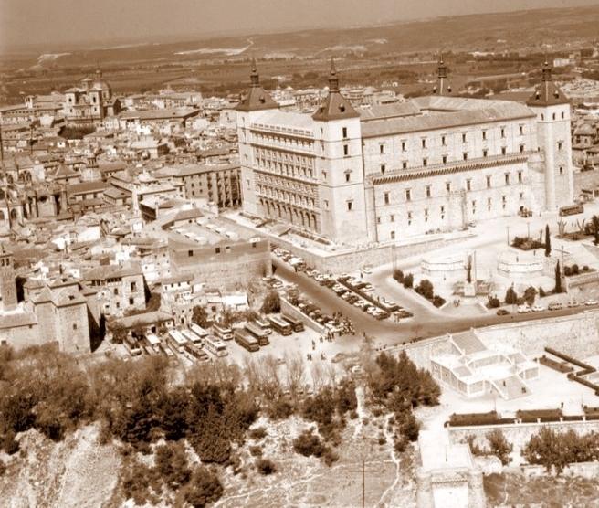 Alcázar de Toledo hacia 1960