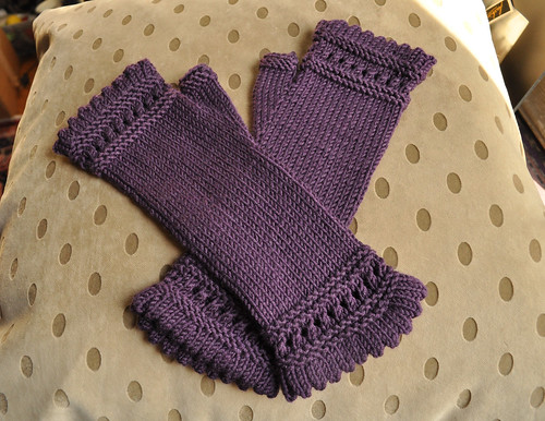 Suanne's Reading Mitts
