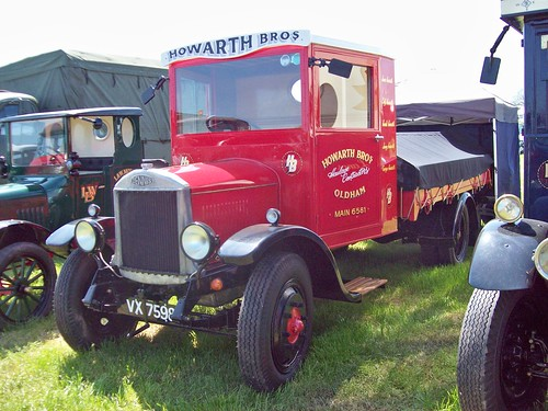 33 Dennis Dropside Lorry (1930)